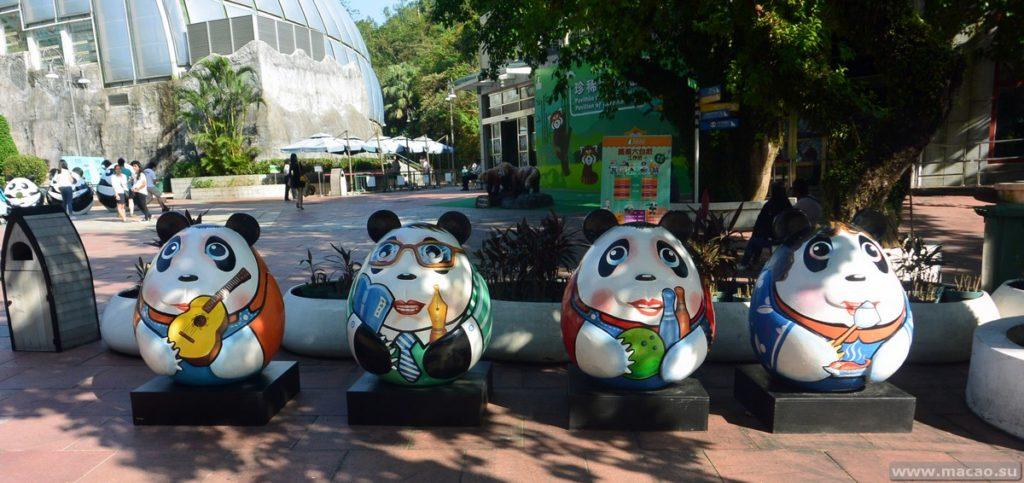 Скульптуры панд